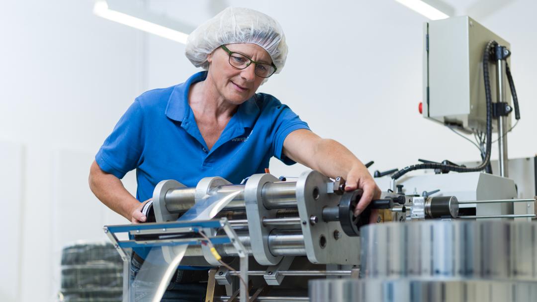 Firma Wiegand AG Mitarbeiter Produktion